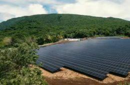 Esta isla del Pacífico funciona al 100% con energía solar gracias a Tesla 4