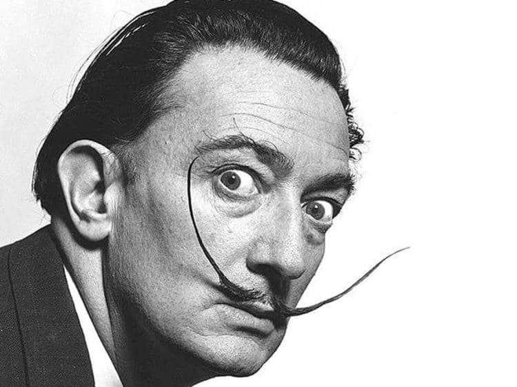 """La fascinante historia real tras la obsesión de Salvador Dalí por el cuadro """"Ángelus"""" de Jean-François Millet 2"""