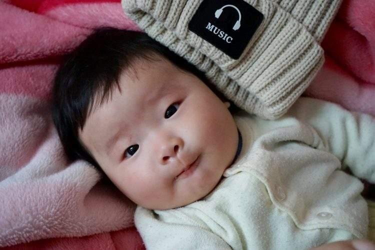 La extraordinaria historia de Kati, un bebé chino abandonado al nacer con una nota para poder reencontrar a sus padres de mayor 1