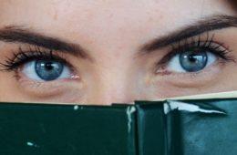 Cómo leer las emociones de alguien en sus ojos 16
