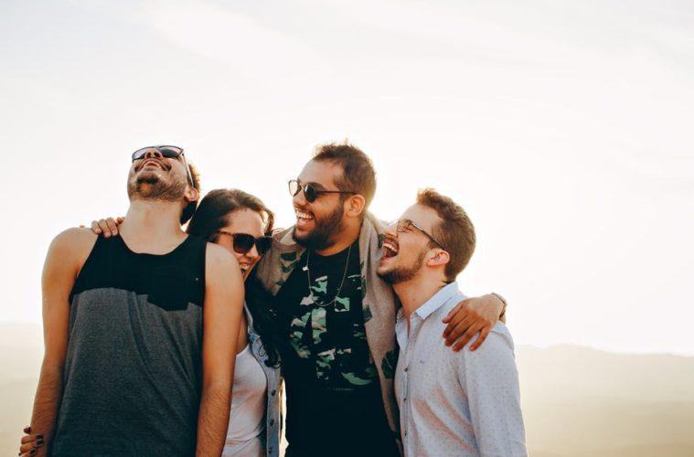 Estos son los 3 tipos de amistad que definió Aristóteles, ¿los reconoces? 2