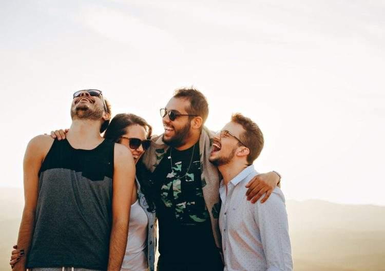 Estos son los 3 tipos de amistad que definió Aristóteles, ¿los reconoces? 1