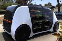 Nace Robomart, el coche autónomo que funciona como un supermercado con ruedas 16