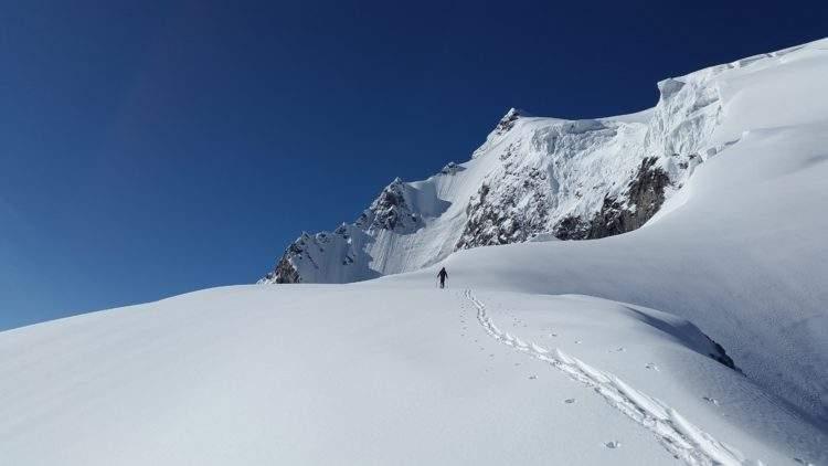 Un borracho escala una montaña en los Alpes de 2.400 metros cuando intentaba llegar al hotel 2