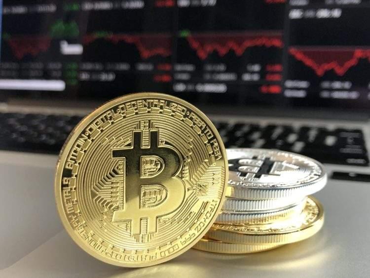 Mil personas se reparten el 40% de los bitcoins: te explicamos cómo funciona este mercado 1