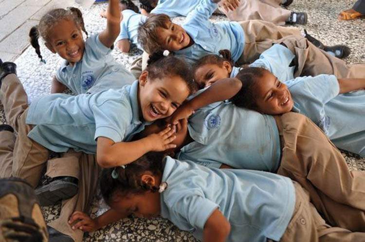 ¿Quiénes son los güevedoces? El extraño fenómeno que solo se da en algunos niños de República Dominicana 2