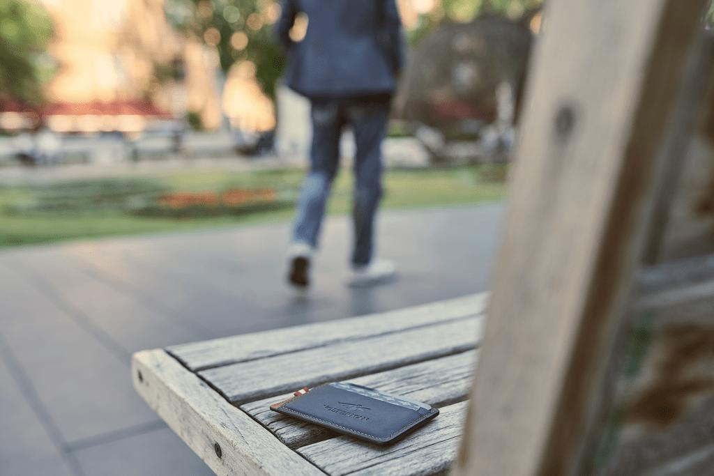La billetera inteligente Volterman que te carga el móvil y que no te pueden robar 2