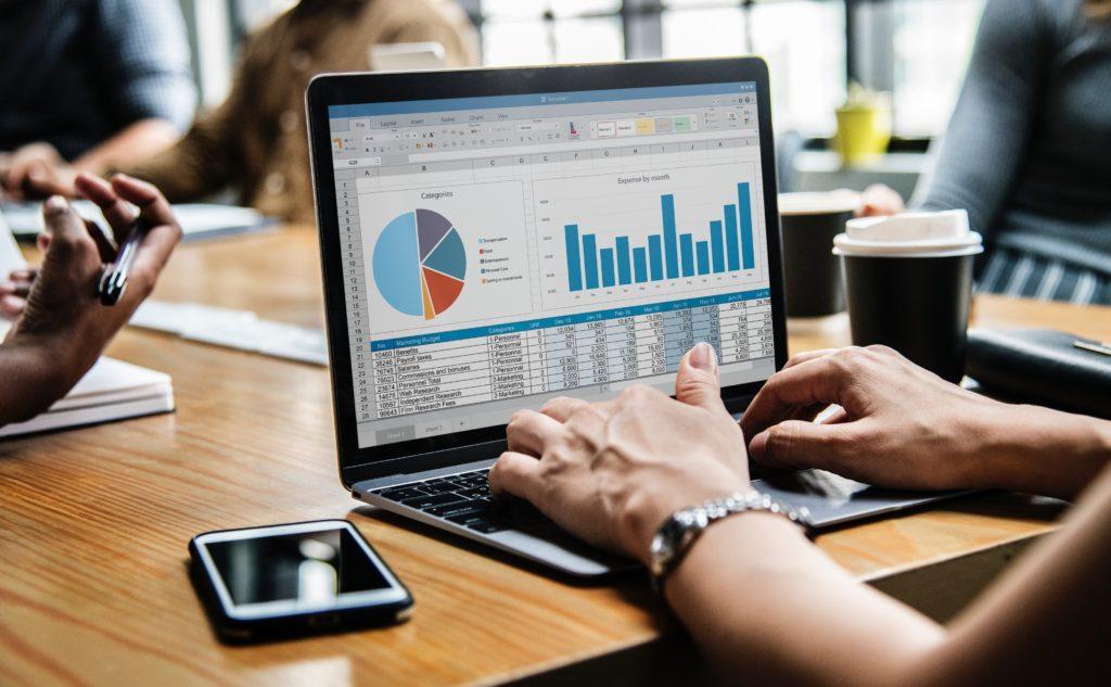 Descubre cómo ganar dinero con internet y evitar estafas 3