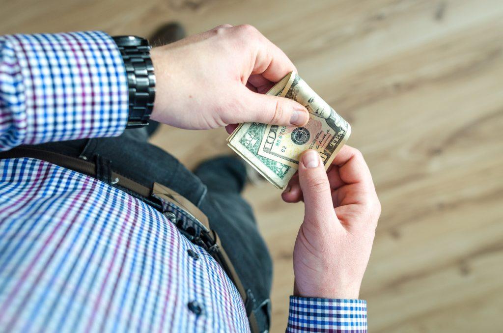 Gracias al euro, cada alemán es 23.000 euros más rico y cada español 5.000 euros más pobre 3