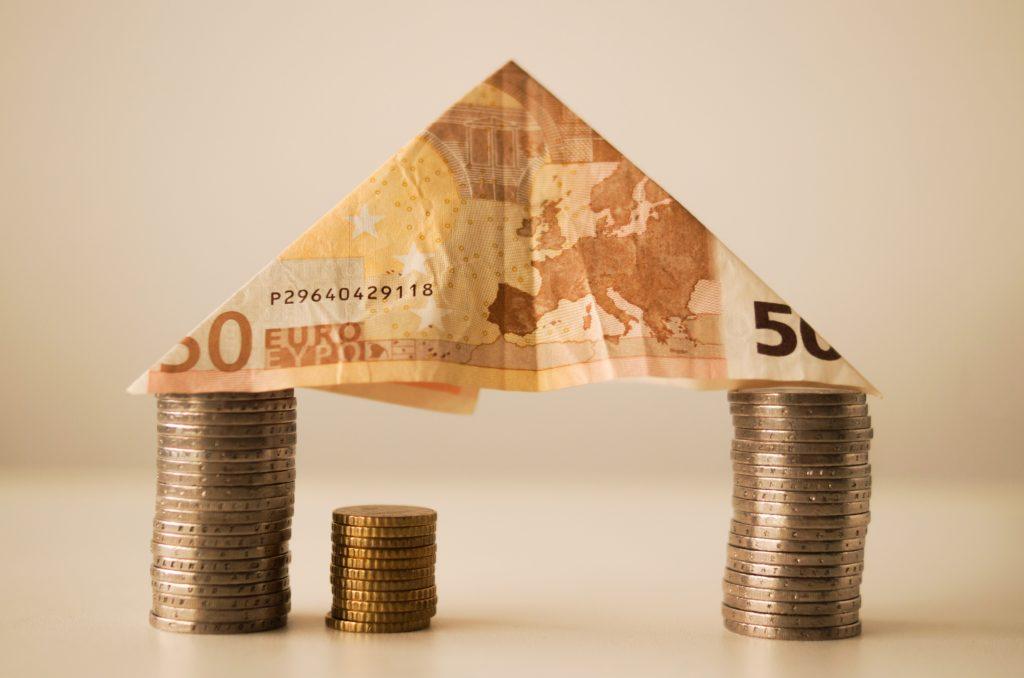 Gracias al euro, cada alemán es 23.000 euros más rico y cada español 5.000 euros más pobre 7