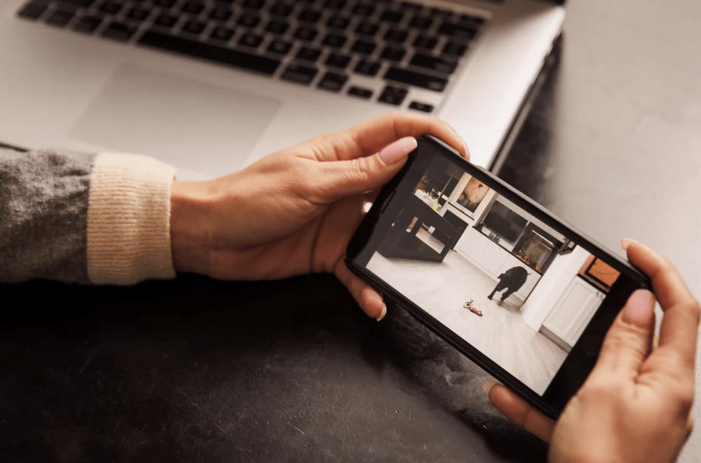 ¿Necesitas vigilar tu hogar o tu empresa? esta cámara de vigilancia invisible te lo pone fácil 11