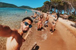 La nueva locura: alquilar amigos falsos para posar contigo en instagram o salir de fiesta 8