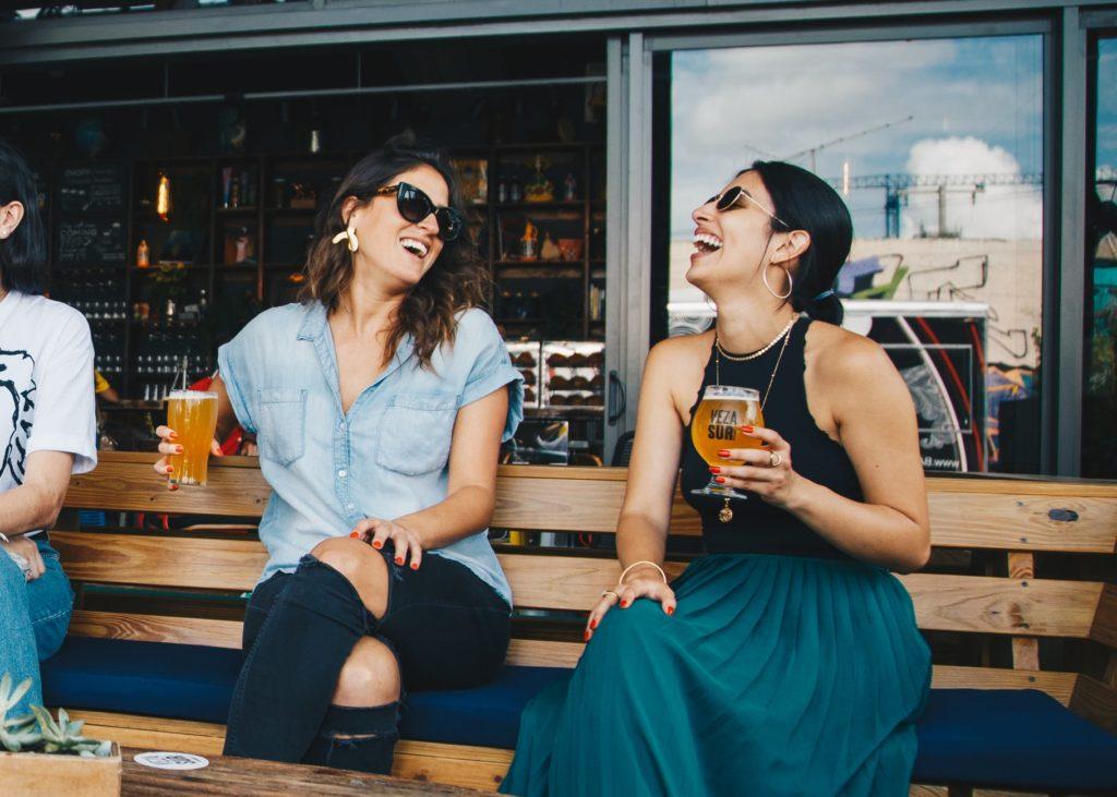 La nueva locura: alquilar amigos falsos para posar contigo en instagram o salir de fiesta 3