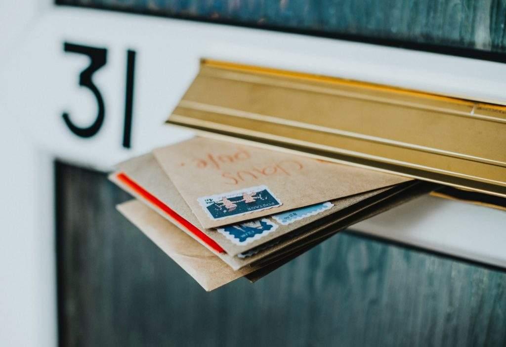 Un sobre, una carta y tus propias palabras sigue siendo la forma perfecta para enviar ese mensaje especial 2
