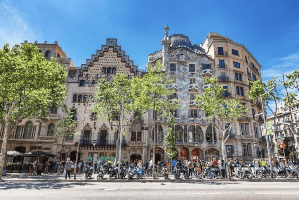 Barcelona, una de las ciudades más visitadas por turistas en Europa 3