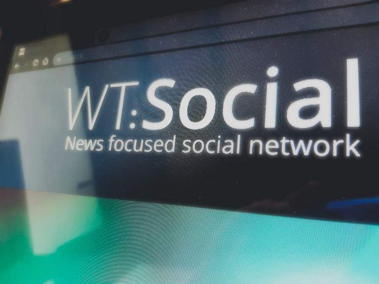 El fundador de Wikipedia crea WT:Social, la red social libre, sin anuncios ni fake news 2