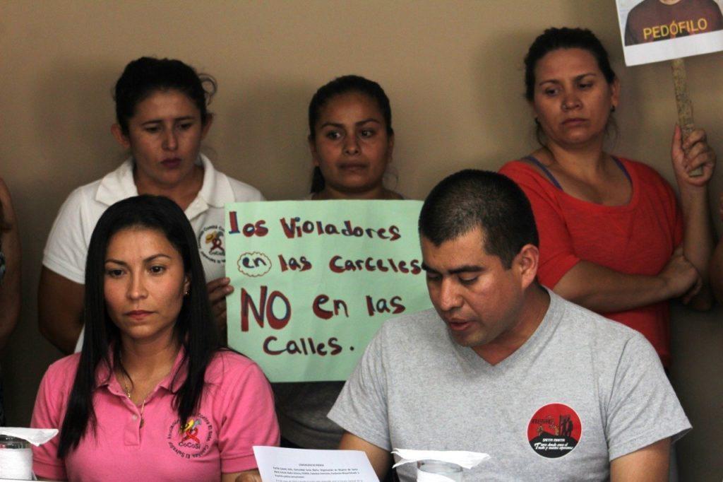Piden ayuda para capturar a Óscar Alfredo Hernández, acusado de violar a un niño en San Salvador 4