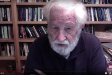 """Noam Chomsky sobre la crisis actual: """"Es el momento de enseñar a los niños a entender el mundo"""" 59"""