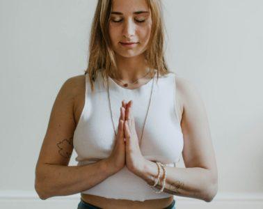 Meditación y relajación para combatir los problemas intestinales 6