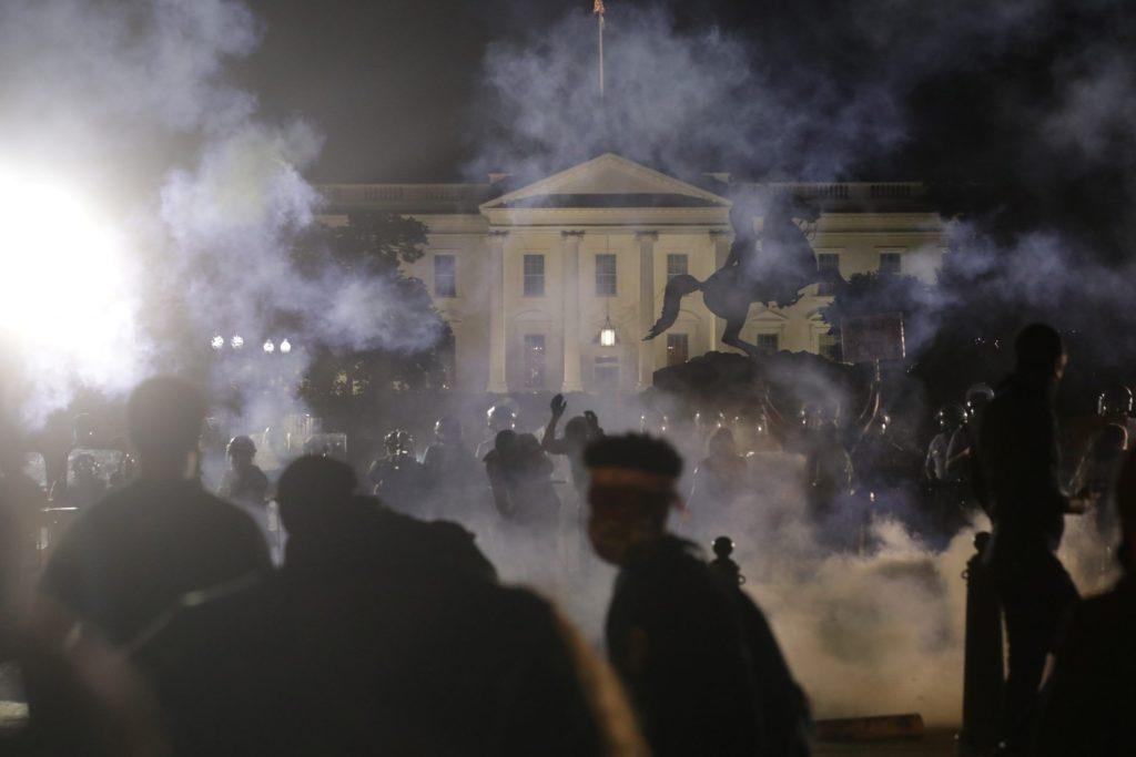 Las terribles fotografías de sucesos que están convirtiendo 2020 en un año histórico 15