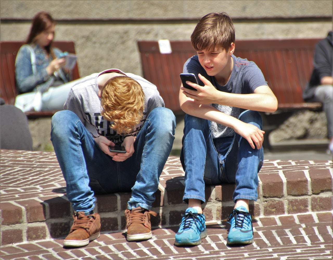 ¡Cuidado! Tus hijos saben cómo saltarse los controles parentales en los móviles 1